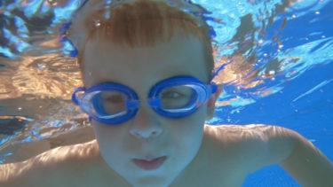 ゴーグル着用で水嫌いを克服?水泳が苦手な子供の対処法!専門家が解説