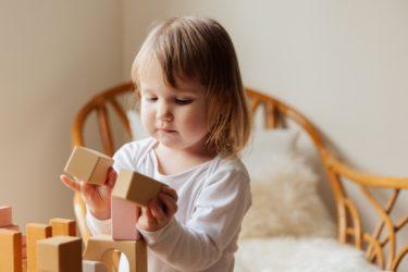 【ニキーチン教育】積み木で創造力を育む!家でもできる教育法