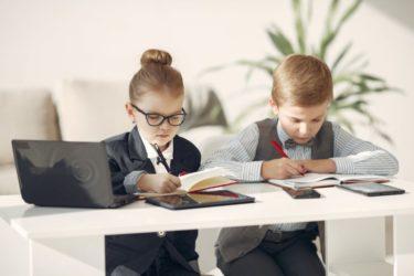 税金控除も可能?学資保険の4つのメリットと3つのデメリット!